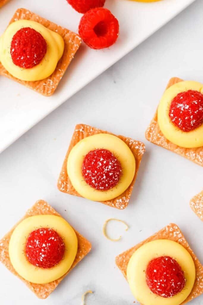 no-bake lemon cheesecake bites on plate