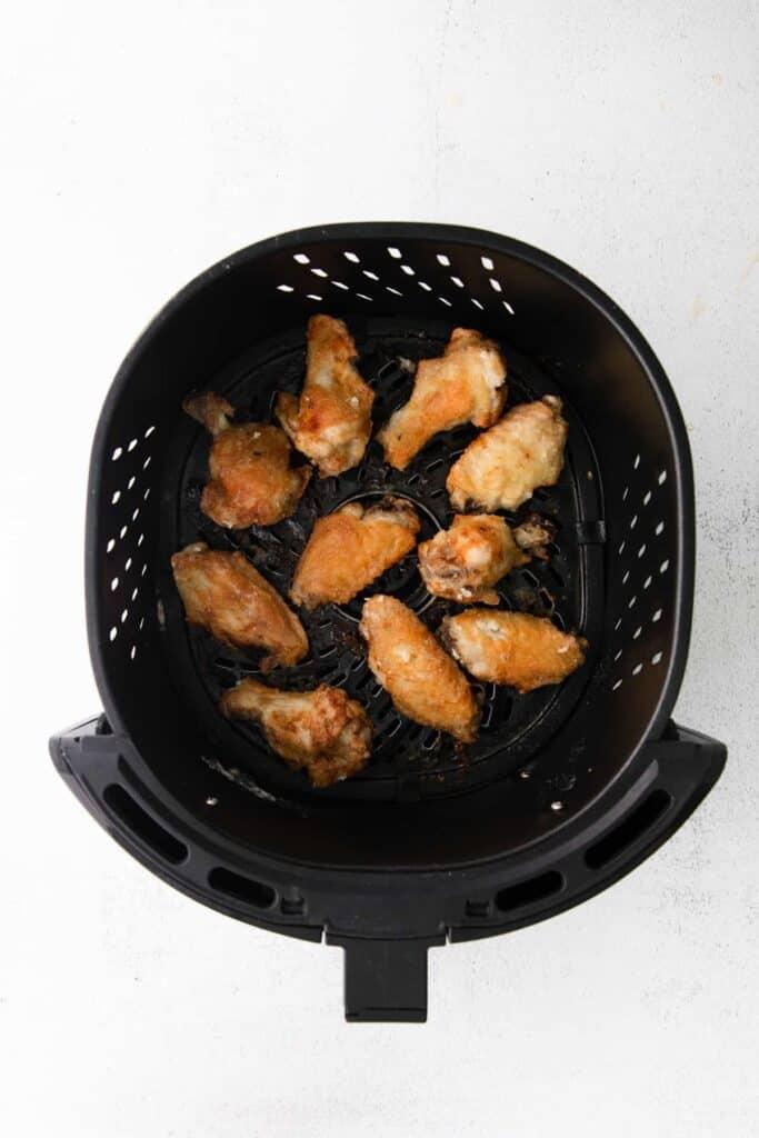 garlic parmesan wings in the air fryer
