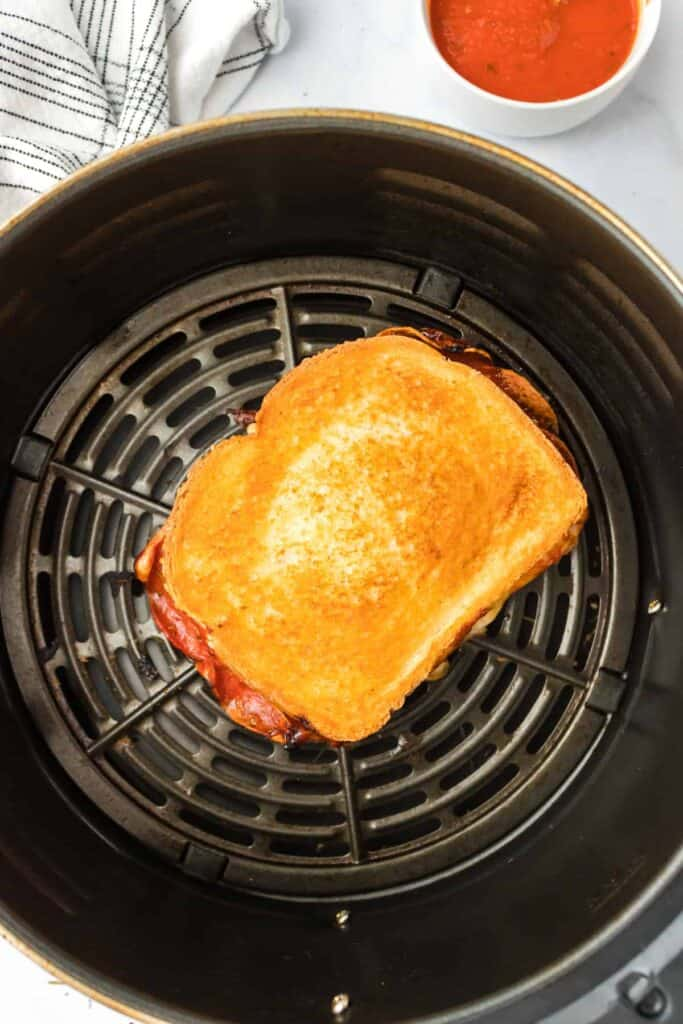 grilled cheese in air fryer